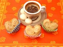 Печенья и кофе стоковые изображения rf