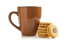 Печенья и кружка кольца варенья Стоковое Фото