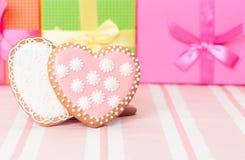 2 печенья и настоящего момента сердца Стоковые Изображения