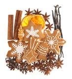 Печенья и специи Gingerbread еда помадки рождества Стоковые Фотографии RF