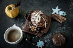 Печенья и чашка кофе обломока Сhocolate. Стоковые Фото