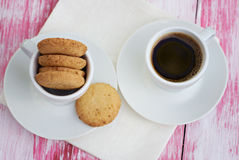 Печенья и чашка кофе Стоковые Изображения RF