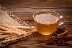 Печенья и чашка чаю с специями Стоковая Фотография