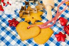 Печенья Кристмас выпечки стоковые изображения