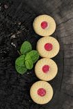 Печенья клубники очень вкусный на деревянной предпосылке Стоковые Фотографии RF