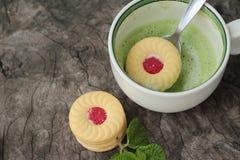 Печенья клубники с зеленым чаем очень вкусный Стоковое Изображение