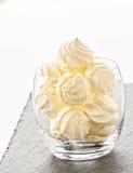 Печенья меренги в стекле Стоковое Изображение