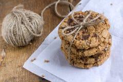 Печенья муки гречихи с хрустящей корочкой шоколада Стоковая Фотография RF