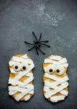 Печенья мумии хеллоуина Стоковая Фотография