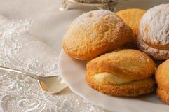 Печенья на плите стоковая фотография