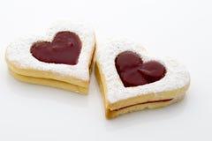 Печенья на сердце формируют на белой предпосылке Стоковые Изображения