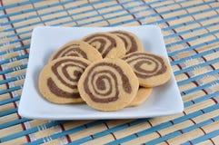 Печенья на японских картине и текстуре циновки стоковое изображение