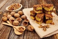 Печенья на деревянной доске Стоковые Изображения RF