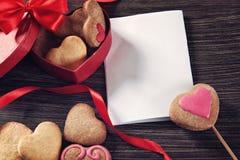 Печенья дня валентинки Стоковые Изображения