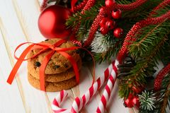Печенья обломока шоколада и тросточки конфеты Стоковая Фотография RF