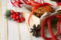 Печенья обломока шоколада и тросточки конфеты Стоковая Фотография