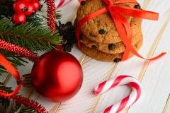 Печенья обломока шоколада и тросточки конфеты Стоковые Изображения RF