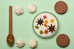 Печенья обломока шоколада с зефиром Стоковая Фотография