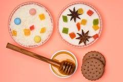 Печенья обломока шоколада с медом Стоковые Фотографии RF