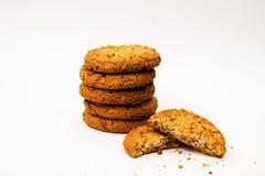 Печенья овсяной каши на белой предпосылке Стоковые Фото