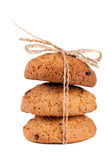 Печенья овсяной каши при веревочка связанная шоколадом изолированная на белой предпосылке Стоковые Фотографии RF