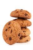 Печенья овсяной каши с шоколадом на белой предпосылке Стоковое фото RF