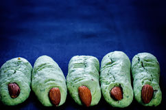 Печенья пальцев ведьмы хеллоуина Стоковые Фото