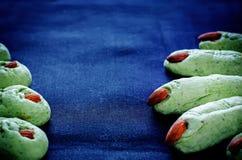 Печенья пальцев ведьмы хеллоуина Стоковое Изображение