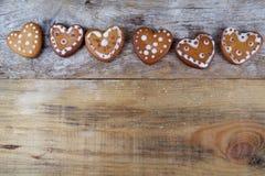 Печенья пряника в форме сердц Стоковое Изображение RF