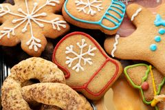 печенья рождества домодельные На печенье связи бабочки стоковое фото