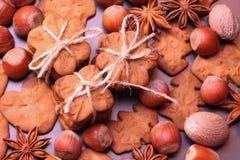 Печенья рождества с праздничный украшением стоковое изображение