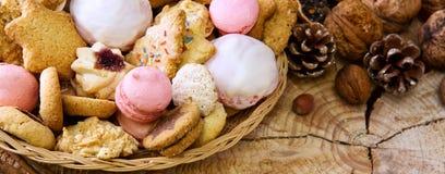 Печенья рождества в плите Стоковая Фотография RF