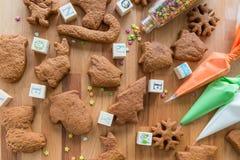 Печенья рождества подготовленные для украшения Стоковые Изображения