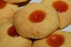 Печенья рождества с вареньем абрикоса Стоковое фото RF