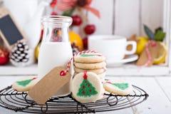 Печенья рождественской елки с молоком Стоковое Фото