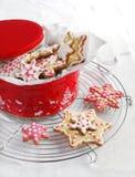 Печенья сахара рождества на коробке подарка Стоковое Изображение