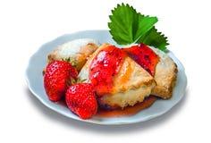 Печенья сахара с вареньем клубники Стоковое Изображение