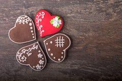 Печенья сердца пряника на день ` s валентинки Стоковая Фотография