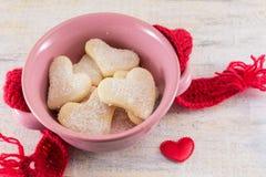 Печенья сердца форменные в шаре Стоковая Фотография RF