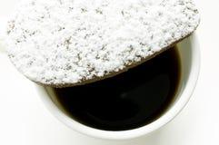 Печенья сердца шоколада в напудренном сахаре Стоковое фото RF