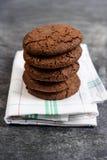 Печенья сладостного шоколада на полотенце Стоковая Фотография RF