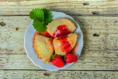 Печенья с вареньем ягоды Стоковые Фотографии RF