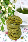 Печенья с сезамом и чаем matcha Стоковое фото RF