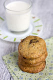 Печенья с шоколадом и молоком Стоковые Изображения RF