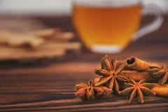 Печенья чашка чаю и специи Стоковые Фото