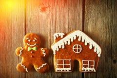 Печенья человека и дома пряника рождества Стоковые Фото