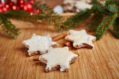 Печенья Christams на таблице стоковое фото