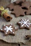 Печенья gingerbread шоколада рождества формы звезды Стоковое Изображение RF