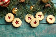 Печенья Linzer с сладостным вареньем Стоковое Изображение RF