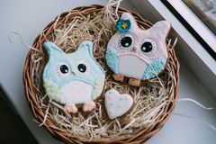 Печенья ` s валентинки покрашенные днем Стоковое Изображение